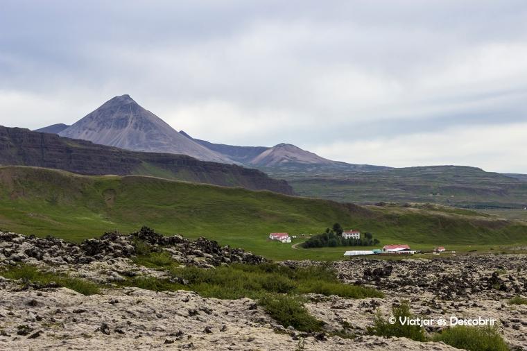Les vistes des de dalt del cràter Grabrok són espectaculars!