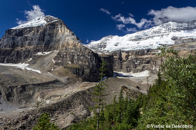 Plain of Six Glaciers Hike