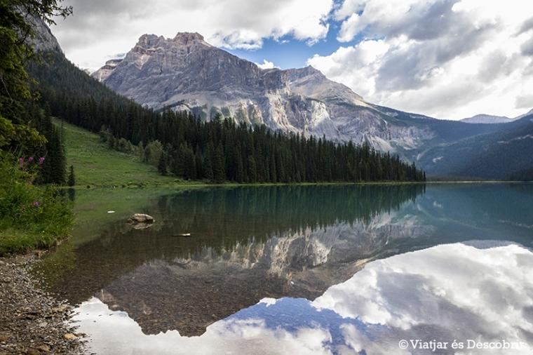 La primera visió de l'Emerald Lake és impressionant.