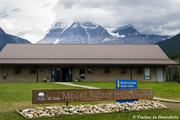 No tenim la sort de poder veure el cim del Munt Robson.