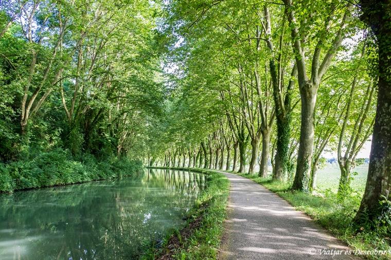 França en bicicleta. Canal de Garonne