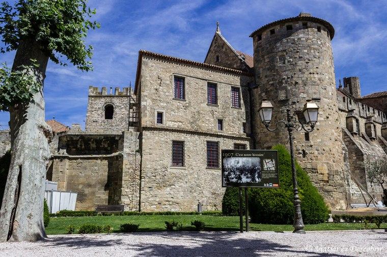 A Narbonne hi ha un polvorí del segle XVIII.