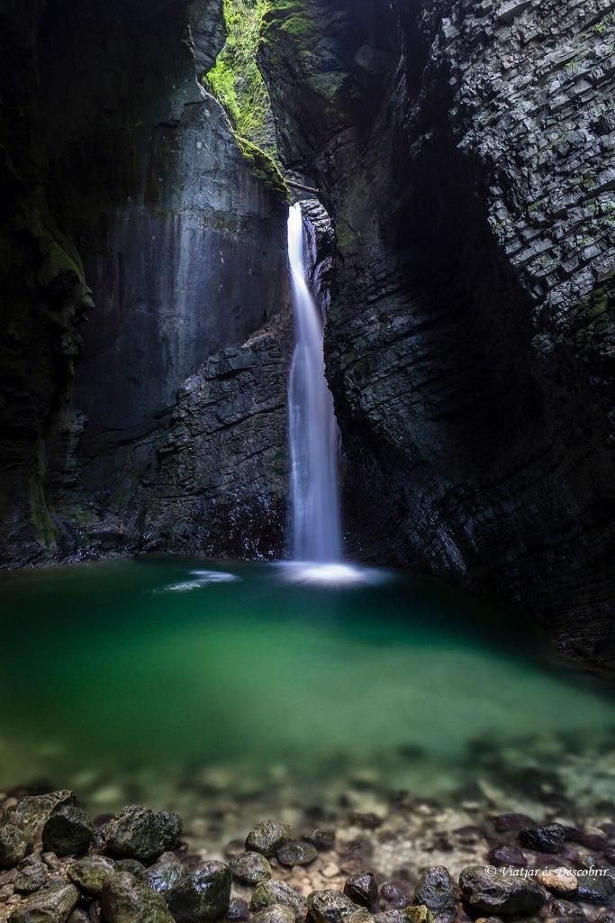 Cascades Eslovènia. La cascada Kozjak