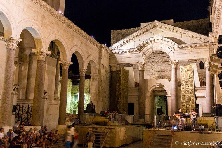 Split-turisme-medieval.