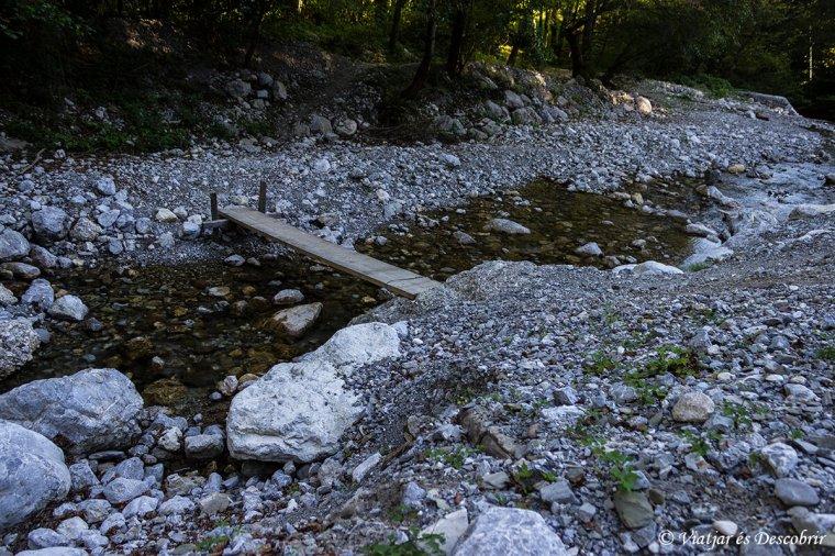 senderisme-eslovenia-cascada