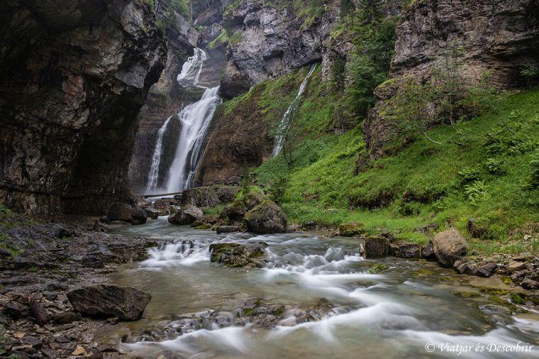 salts d'aigua a la vall d'ordesa