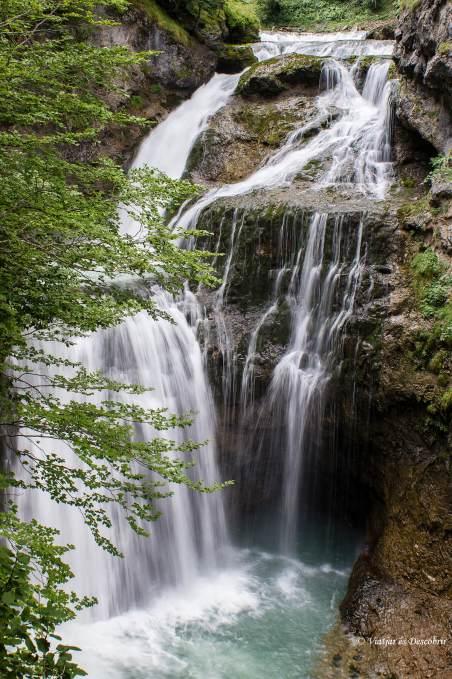 les cascades del parc nacional d'ordesa i mont perdut