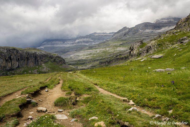 vistes dels paisatges propers al refugi de goriz