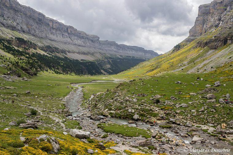 la vall d'ordesa durant l'ascensió al Mont Perdut