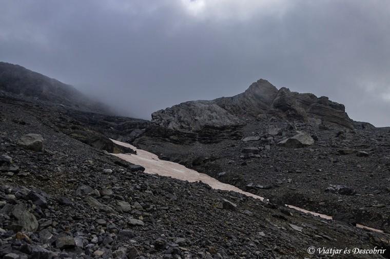 excursió de dos dies per ascendir al mont perdut