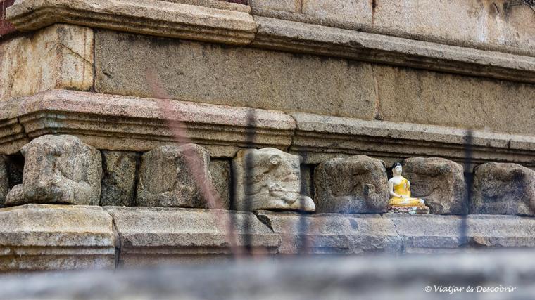 La calma del budisme a Sri Lanka el vam conèixer a Anuradhapura