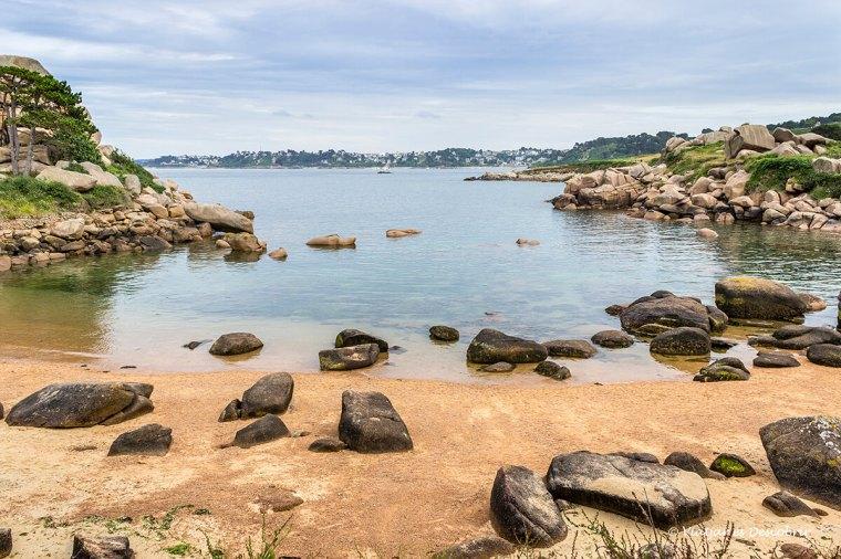 platja de la costa de granit rosa a bretanya francesa