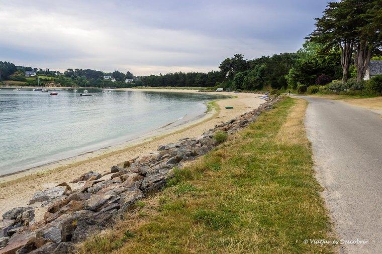 carretera pel costat de la costa amb bicicleta