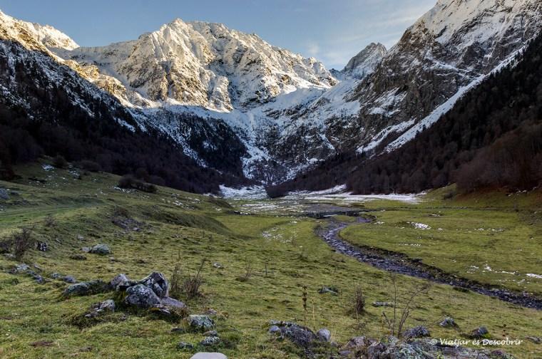paisatge de l'artiga de lin nevat