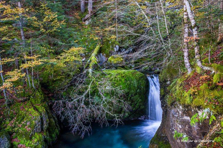salt d'aigua per veure a la vall d'aran a la tardor