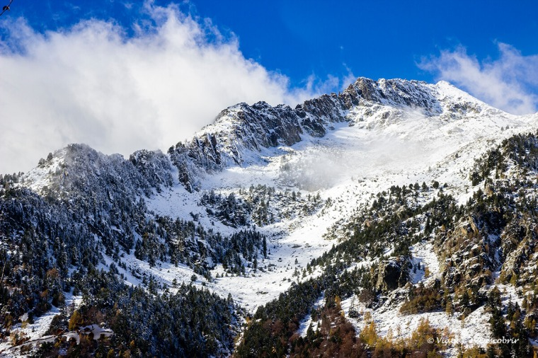 paisatge nevat a la vall d'aran