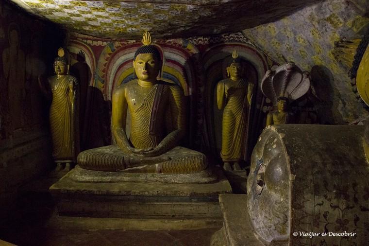 la quinta de las cuevas de Dambulla