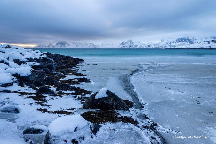rorvika beach nevada en las islas lofoten